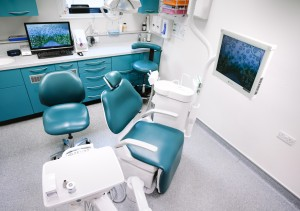 _IHC6779e-Belmont-Park-Dental-Care-London-August-2015-Photographer-Maksim-Kalanep (1)